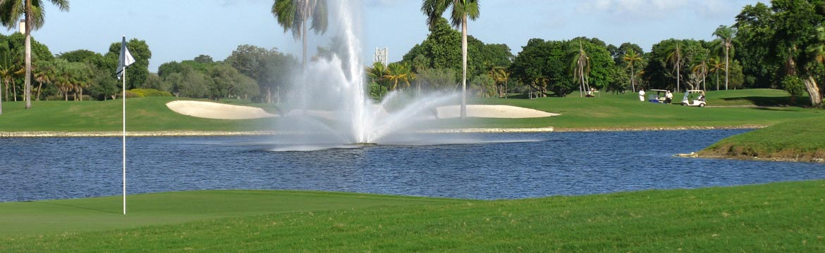 Stay at Highgate Sunshine Villa and play golf at Highlands Reserve Golf Club in Orlando, Florida